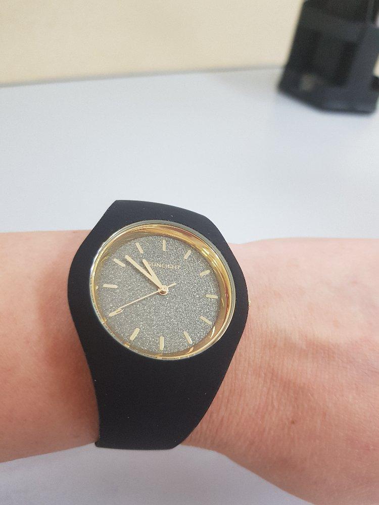 Часы супер:)