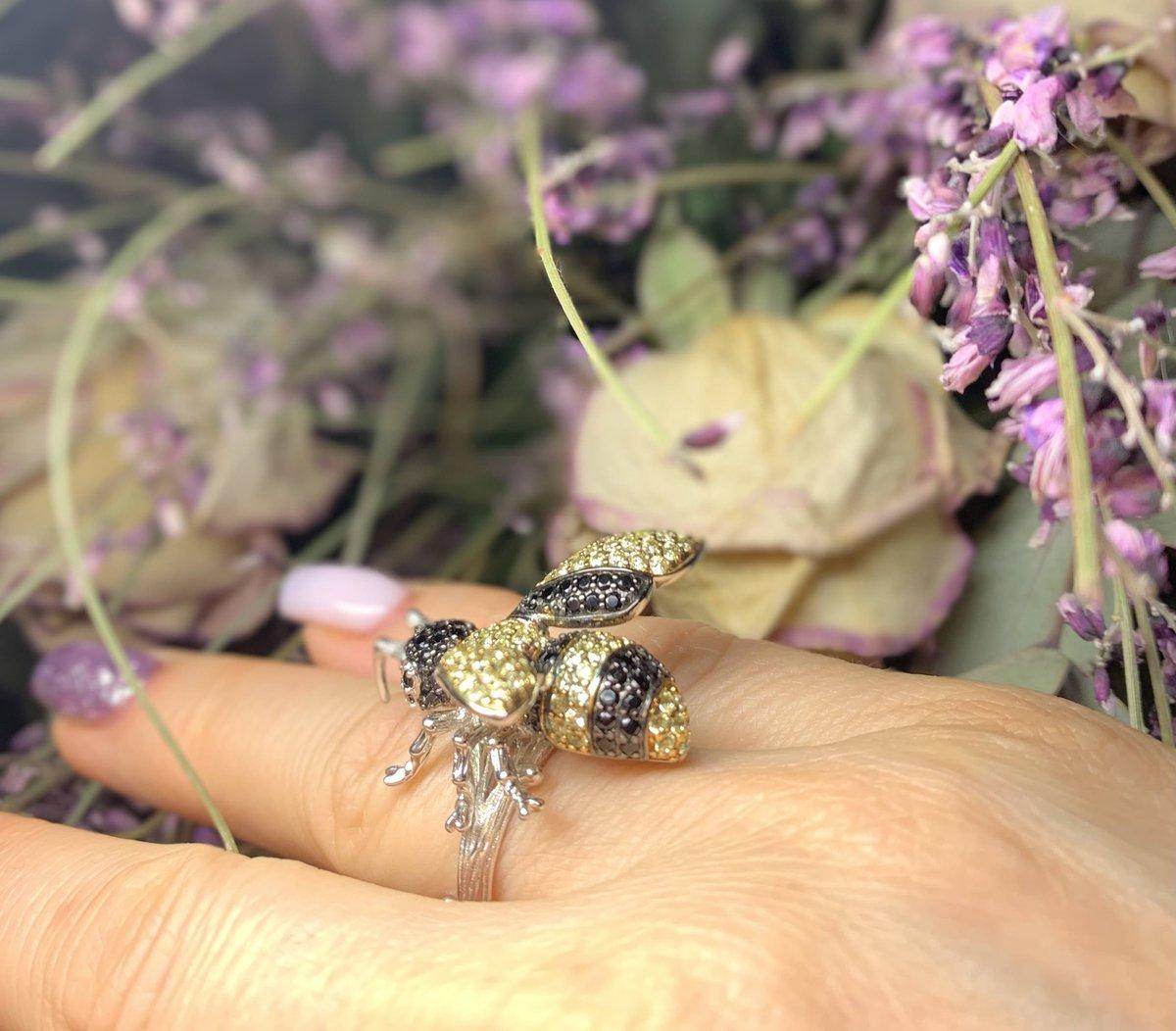 Золотая пчелка