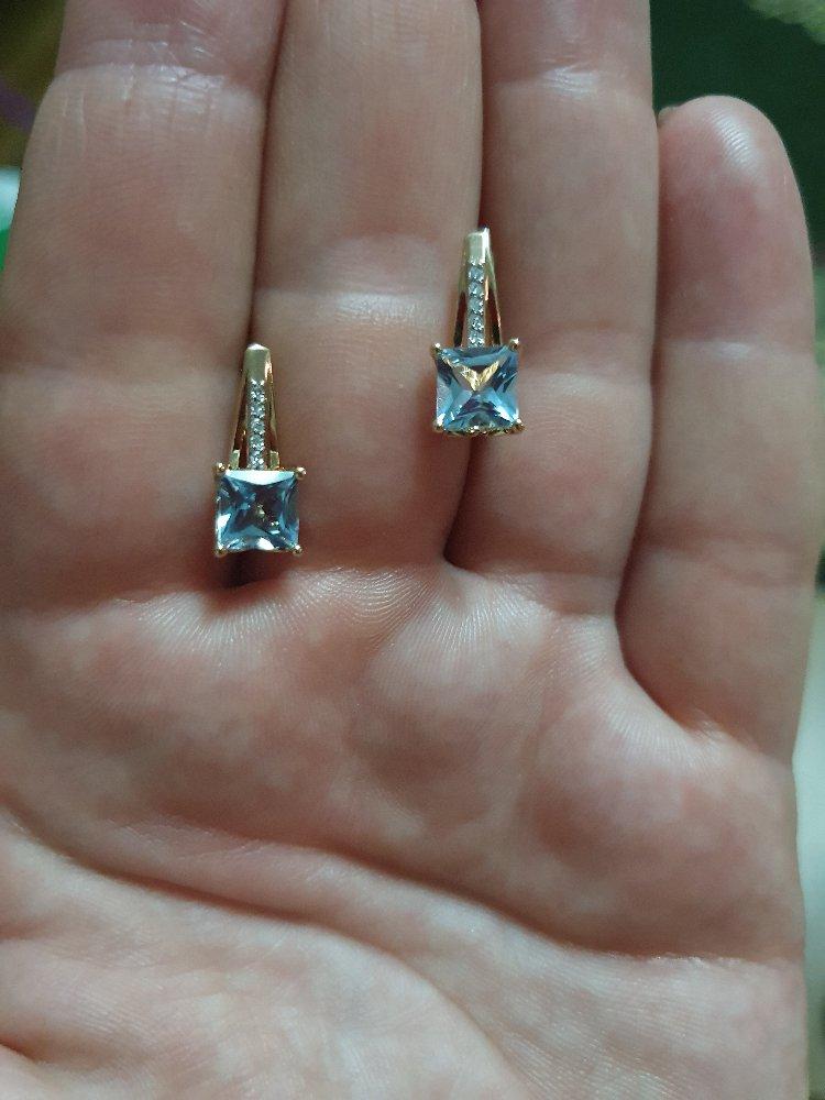 Серьги с бриллиантами и топазами.