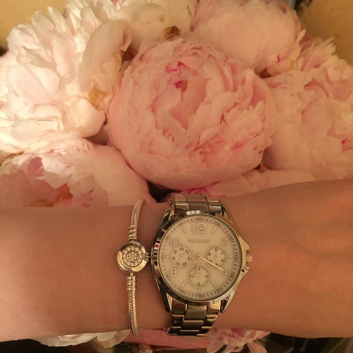Часы супер, очень стильно