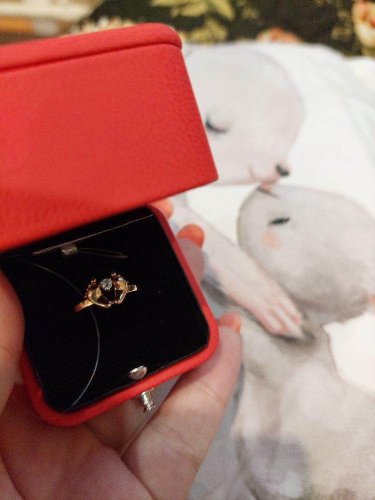 Кольцо очень понравился , символичный подарок на рождение