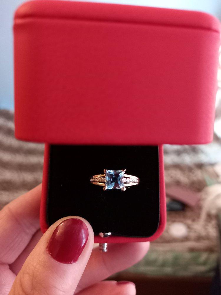 Кольцо с топазом и бриллиантами!