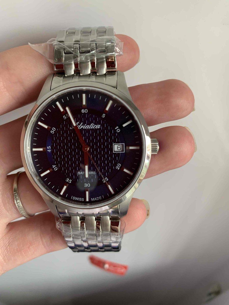 Потрясающе красивые часы!