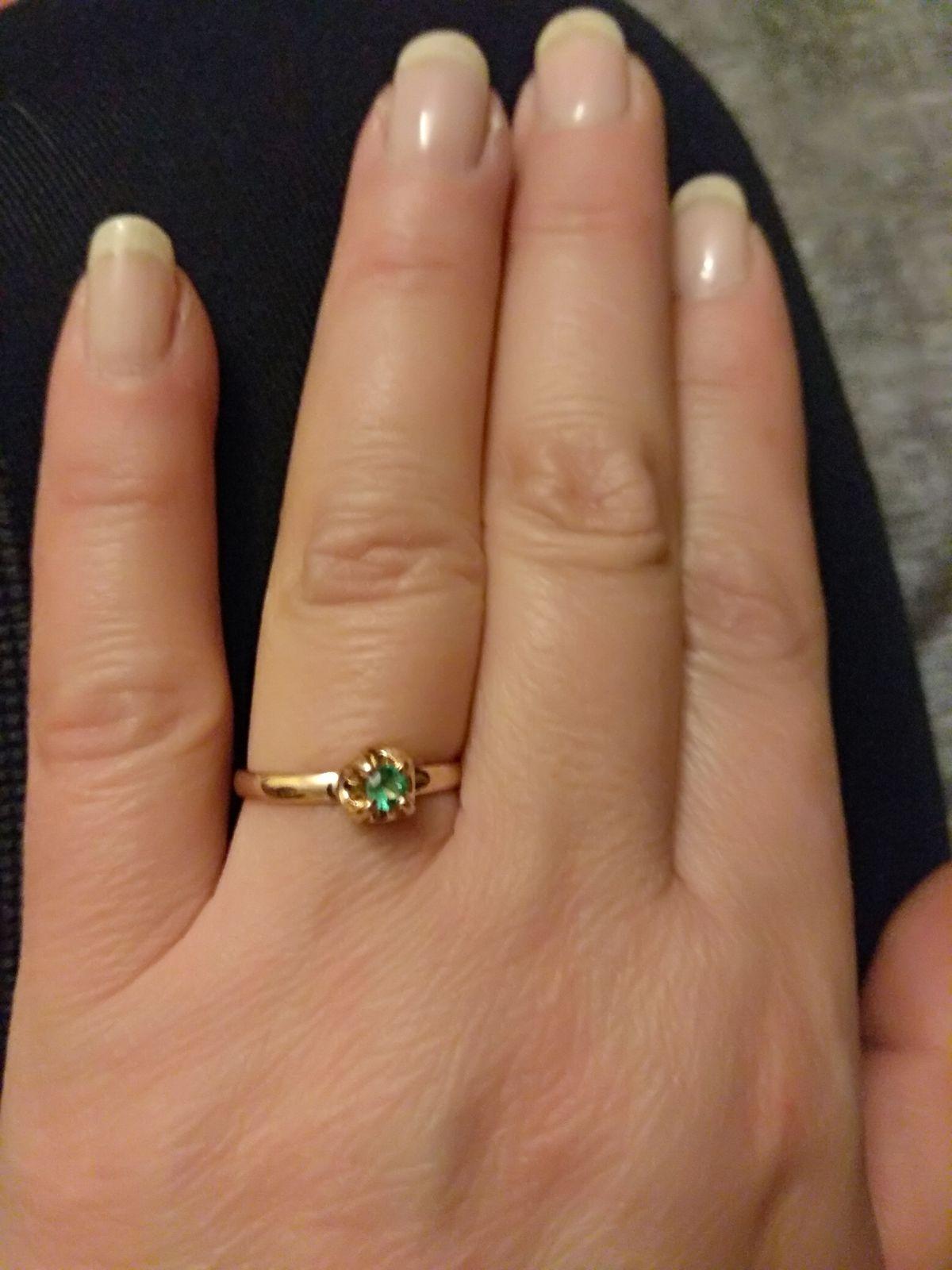 Кольцо замечательное давно искала что-то подобное,доставка порадовала