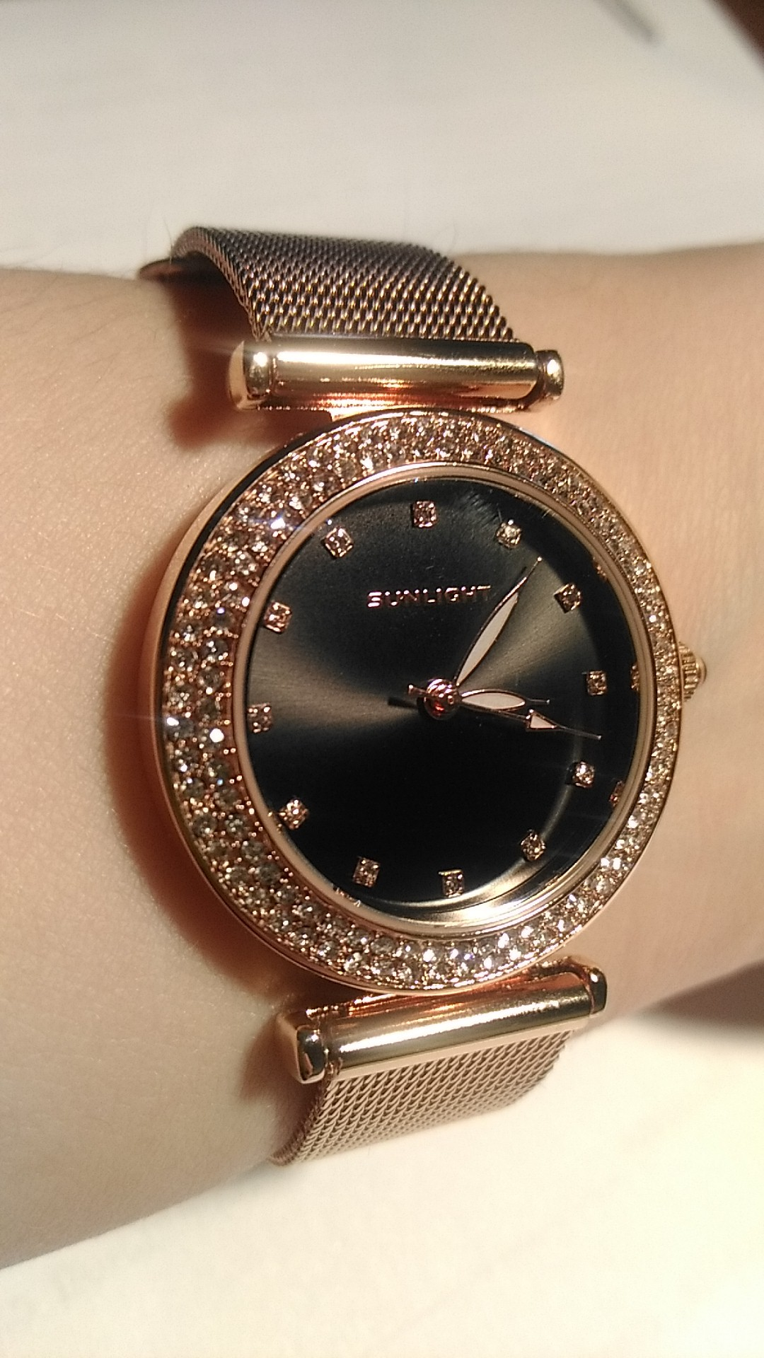 Очень хорошие часы!