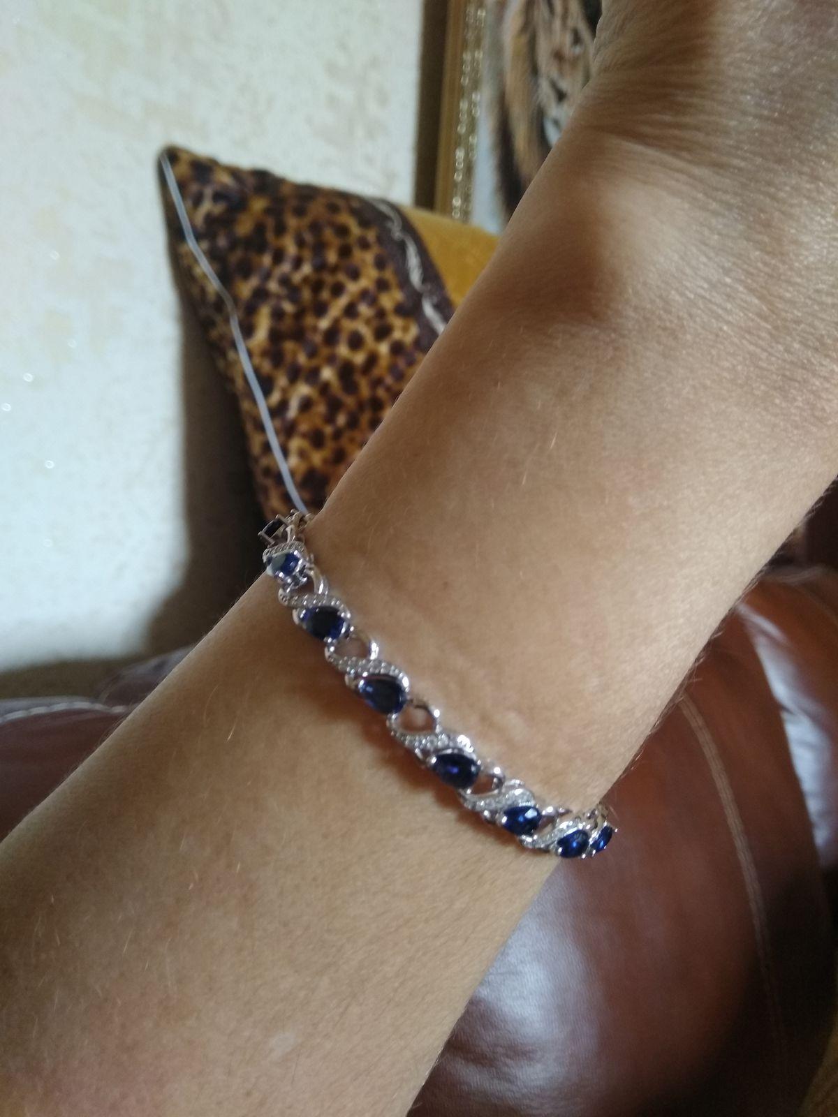 Необыкновенно изящный браслет