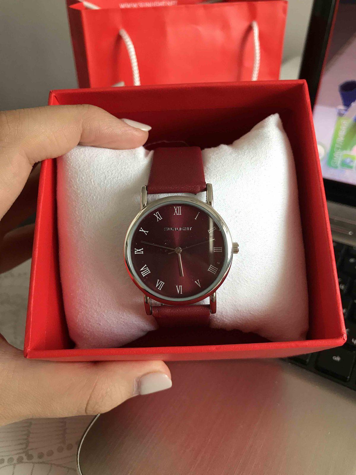 Купила сегодня эти часы