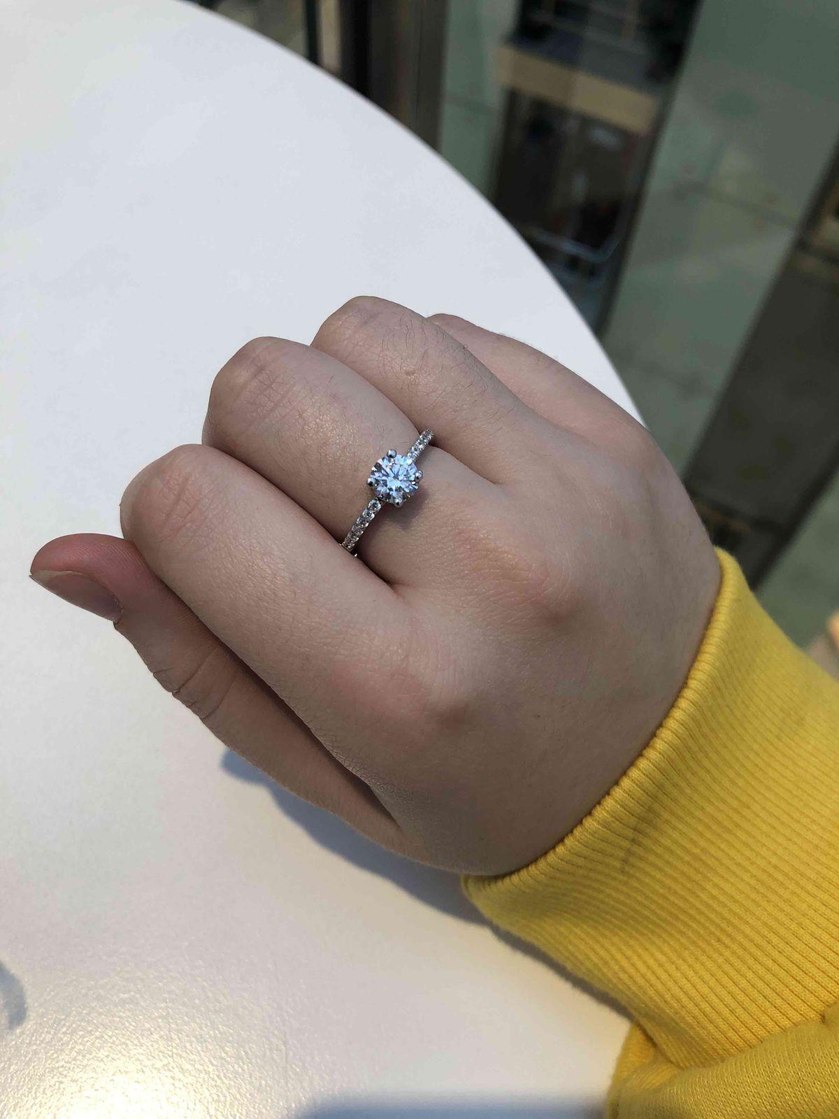 Купила серебряное кольцо