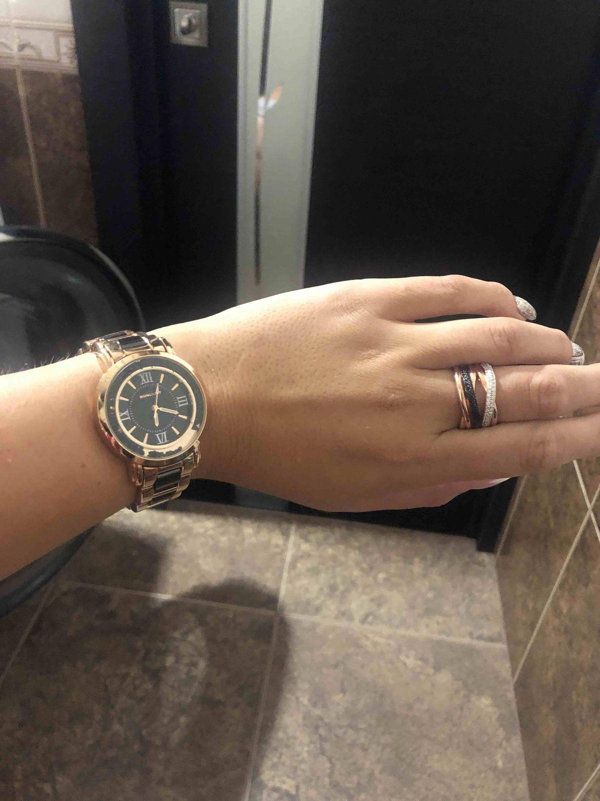Кольцо и часы