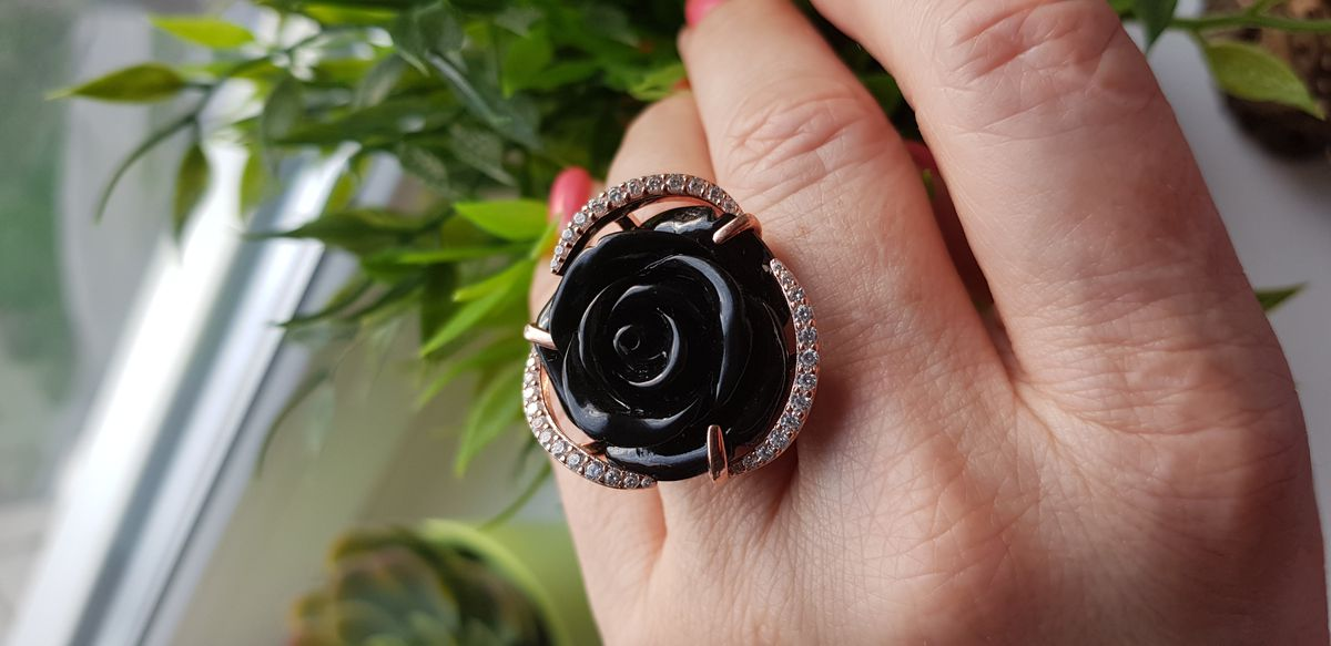 Кольцо в форме розы ,для души.