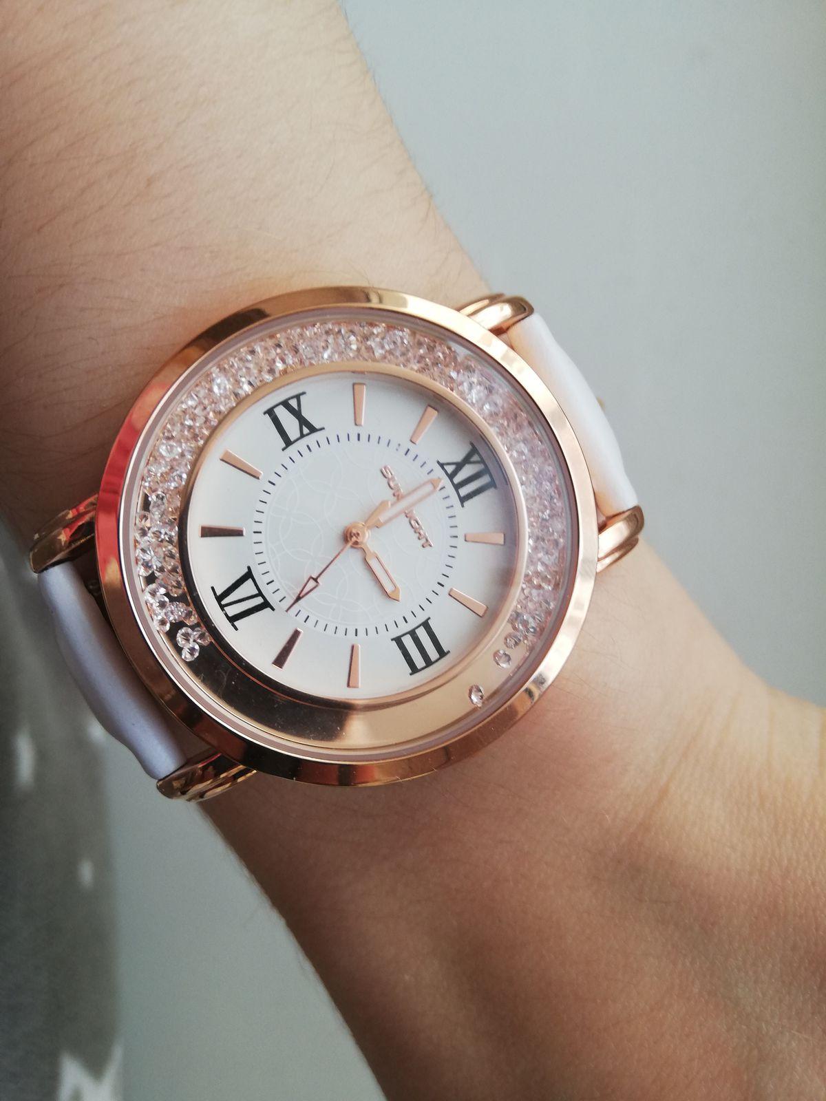 Отличные часы по приемлемой цене.