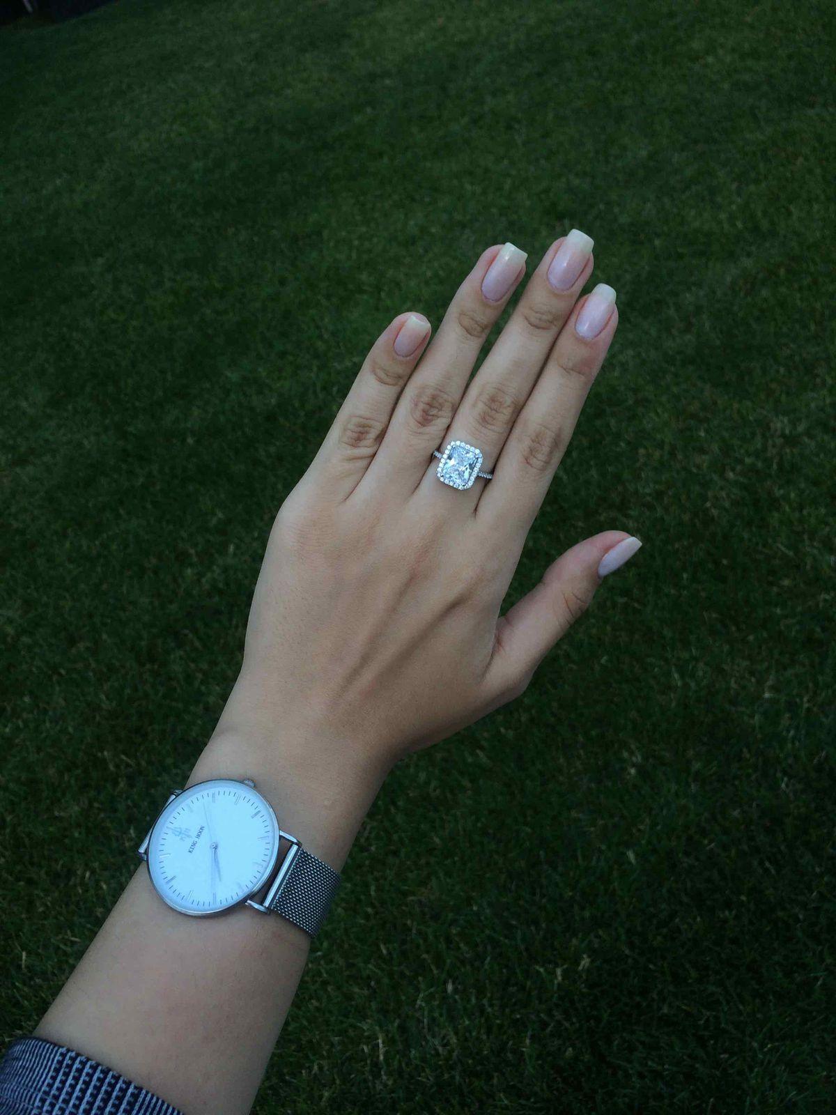 Щикарное кольцо для настоящей девушки