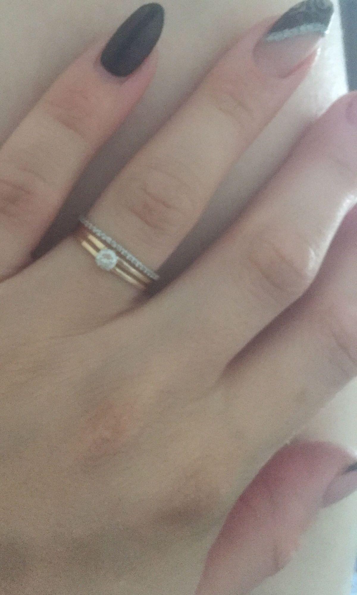Кольцо руки и сердца