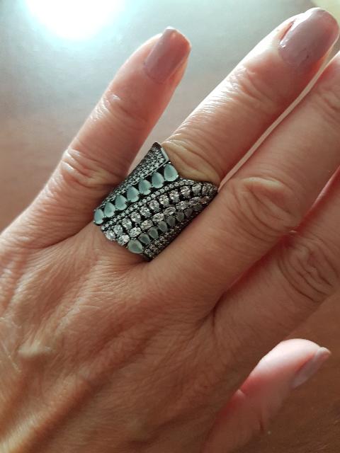 Ошеломляющее кольцо!