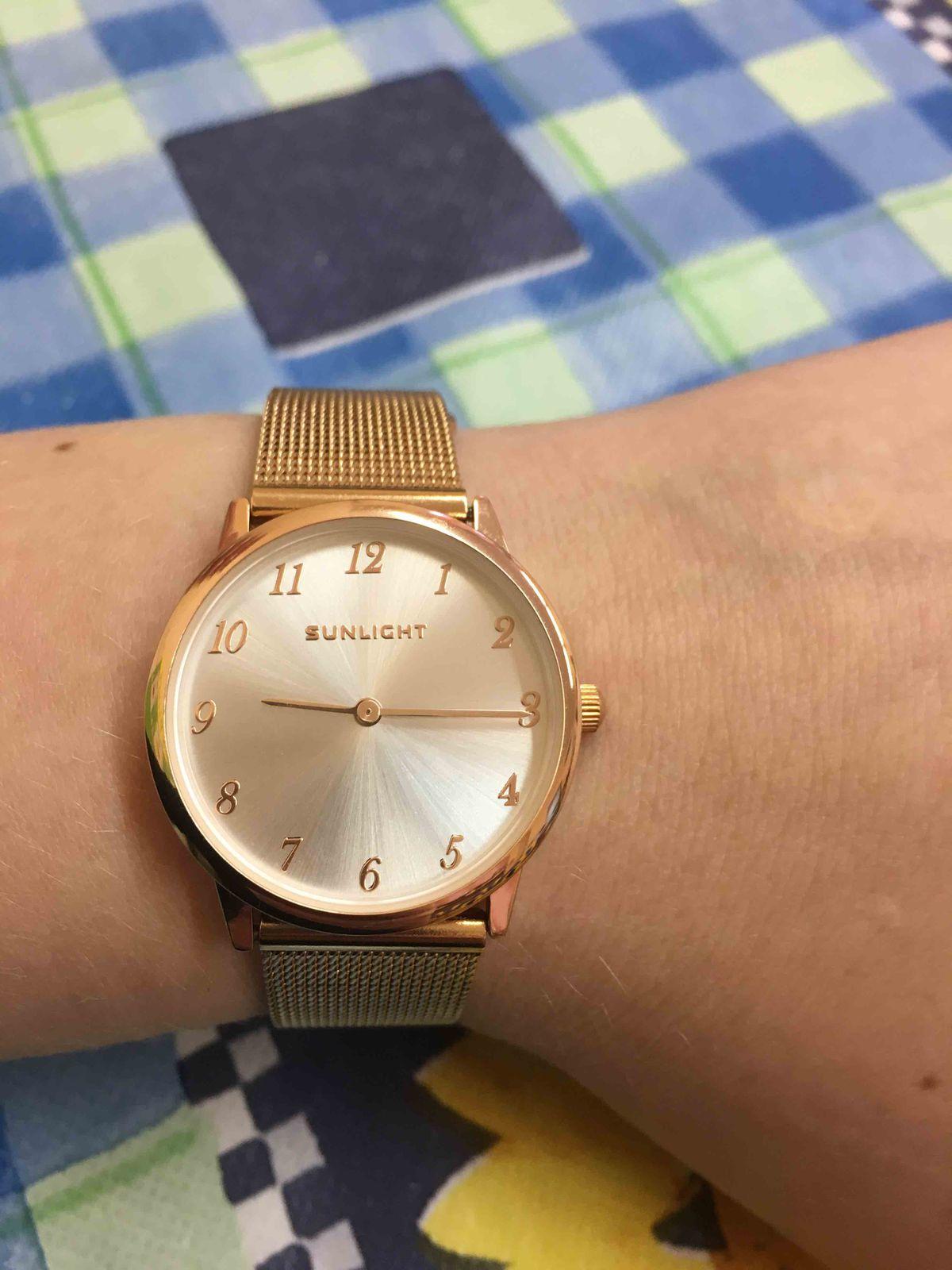 Очень красивые и удобные часы.