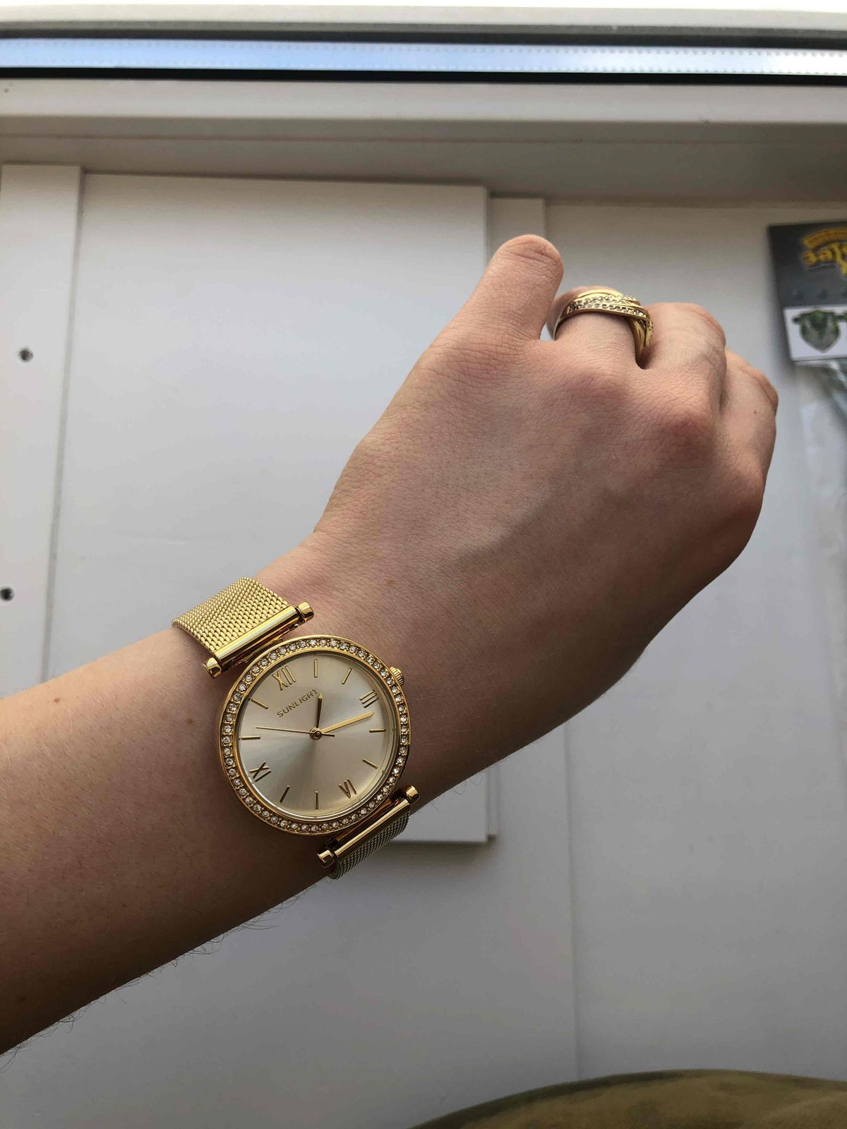 Часики под желтое золото!!!!