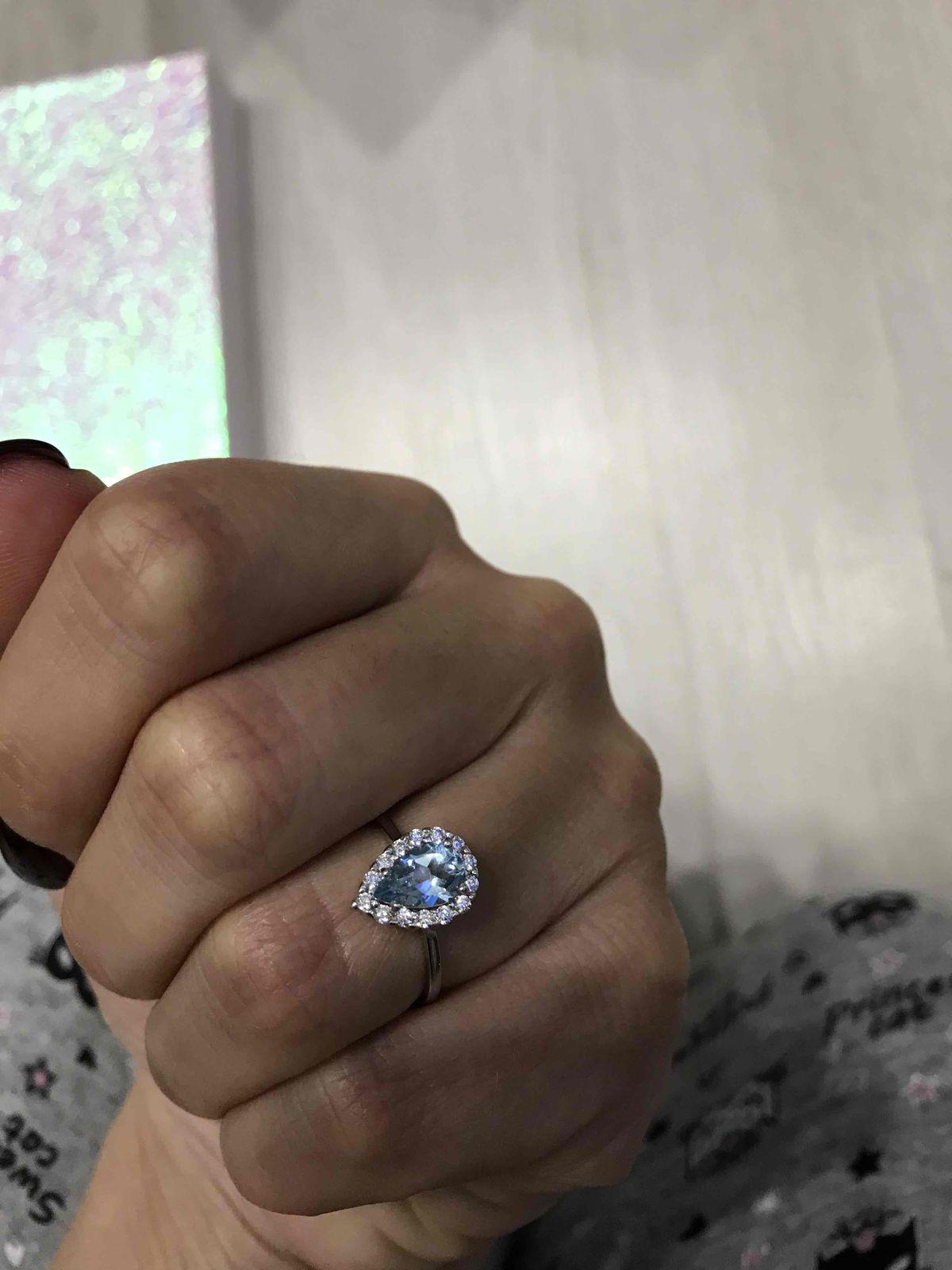 Чудесное кольцо с топазом