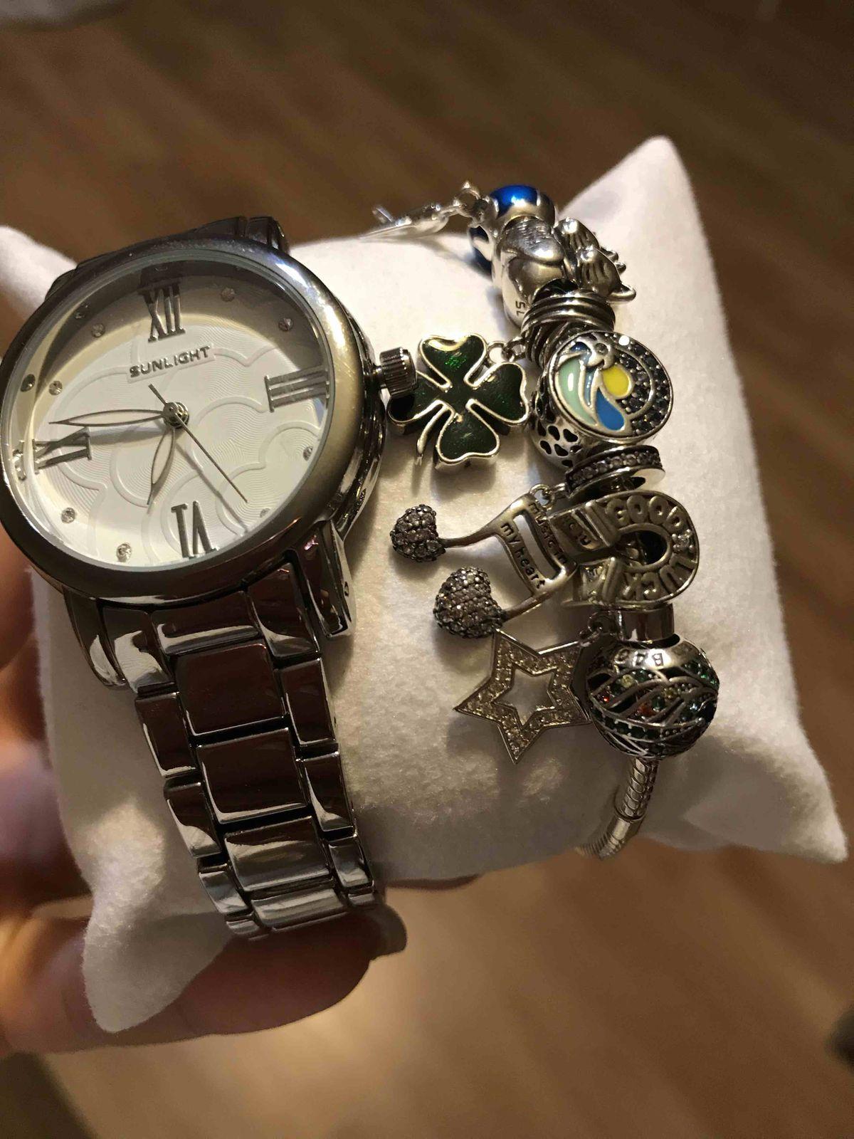 Время должно иметь стильное обрамление ))))