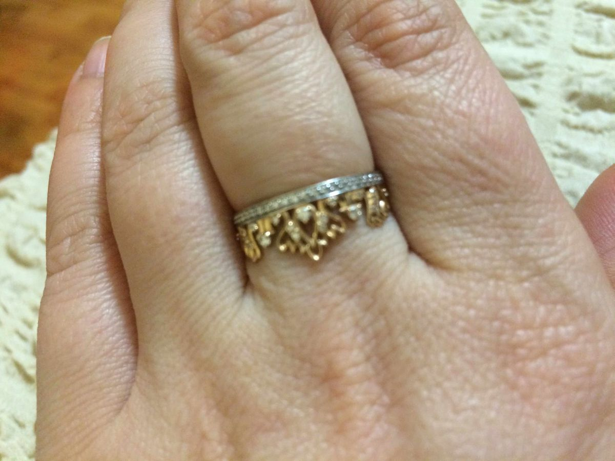 Кольцо с фианитами в виде короны