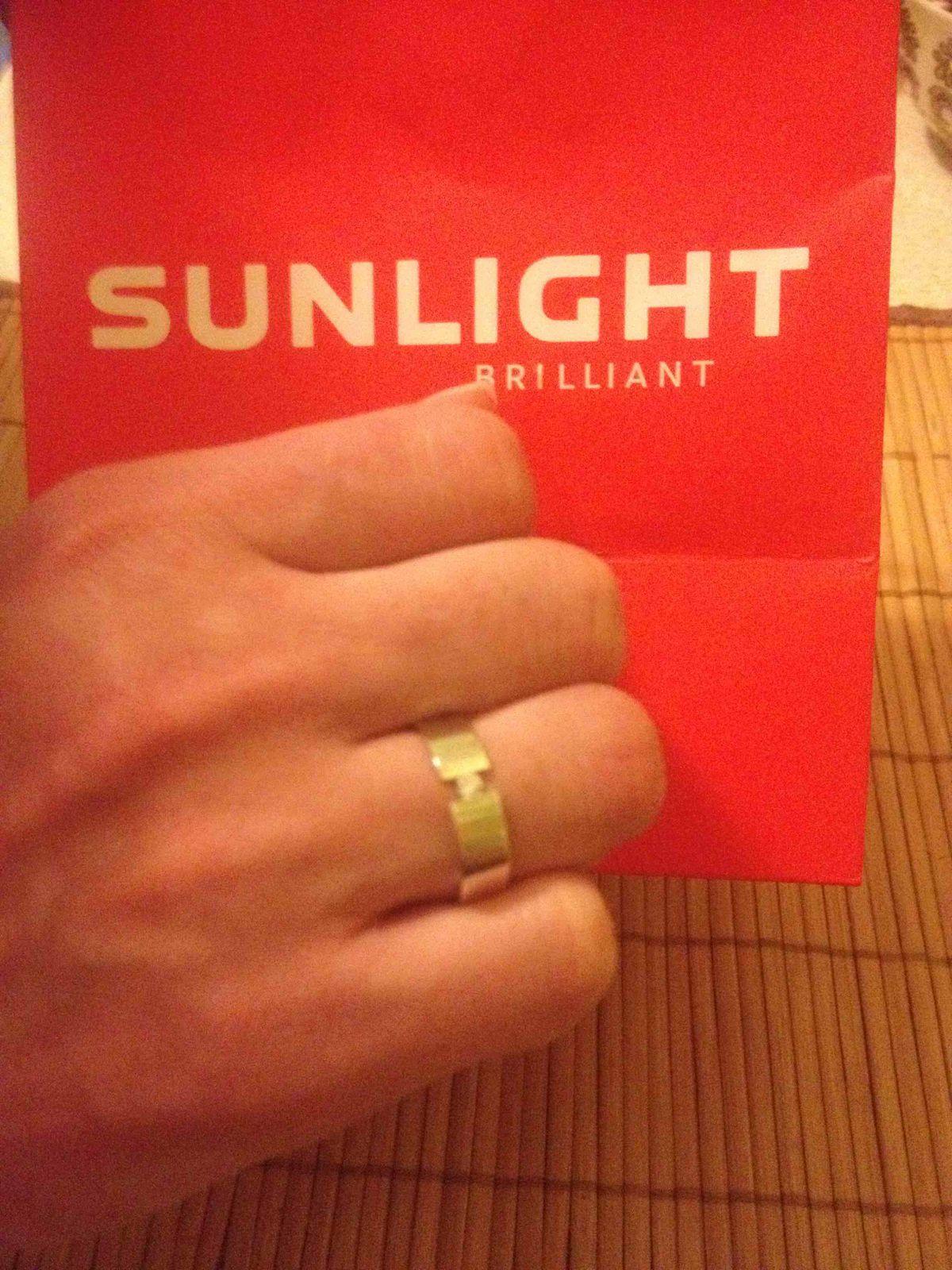 Красивое оккуратное обручальное кольцо!!!