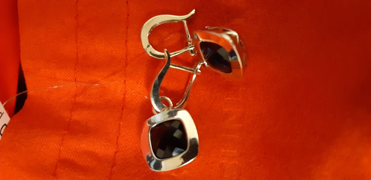 Серебряные сережки с голубым алпанитом