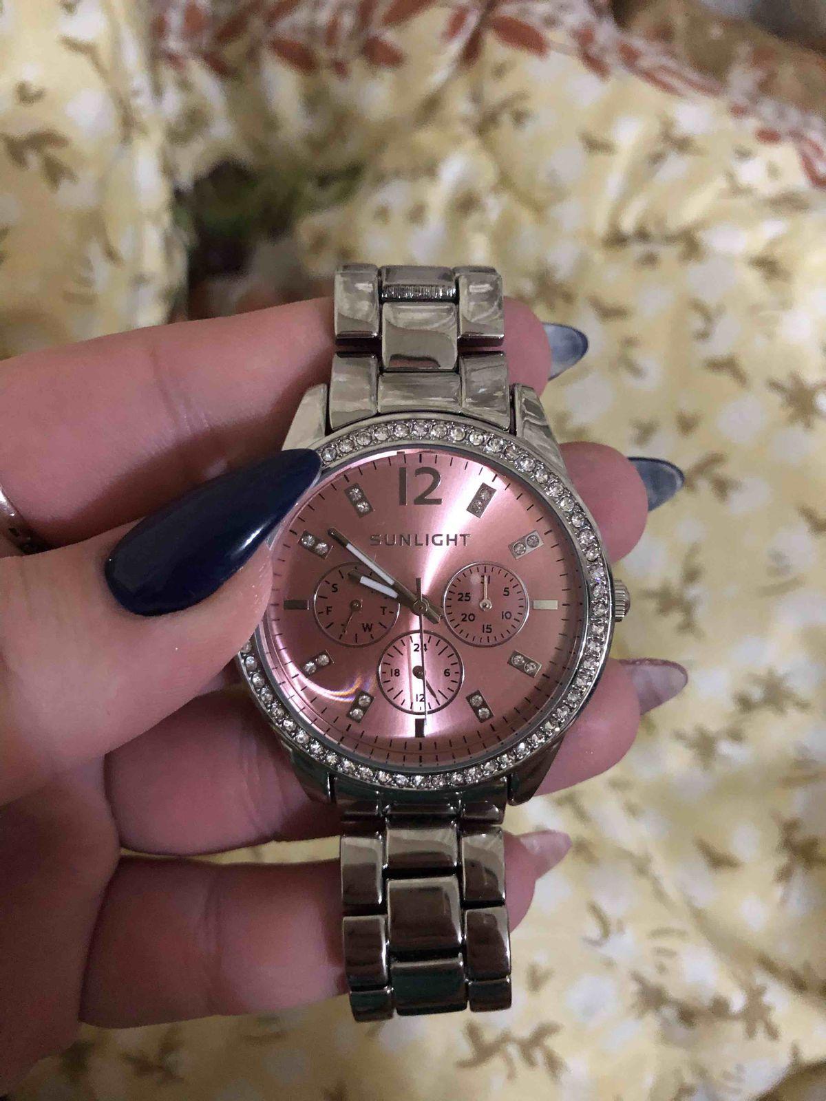 Стоящие и красивые часы