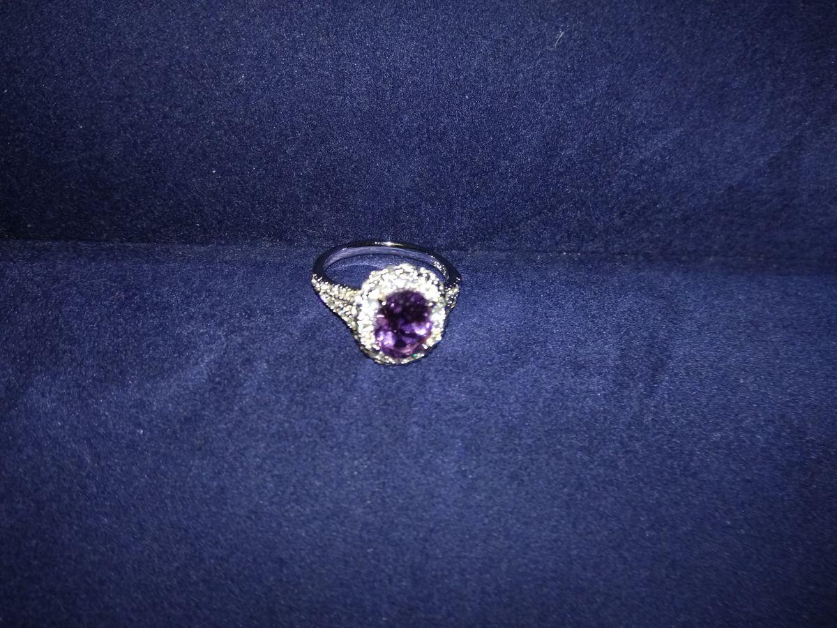 Замечательный перстень!