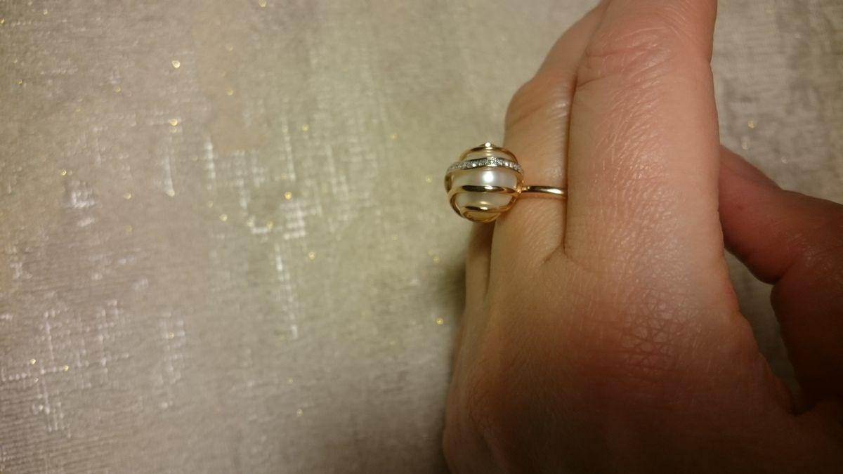 ЗОЛОТОЕ Колечко с жемчугом и бриллиантами