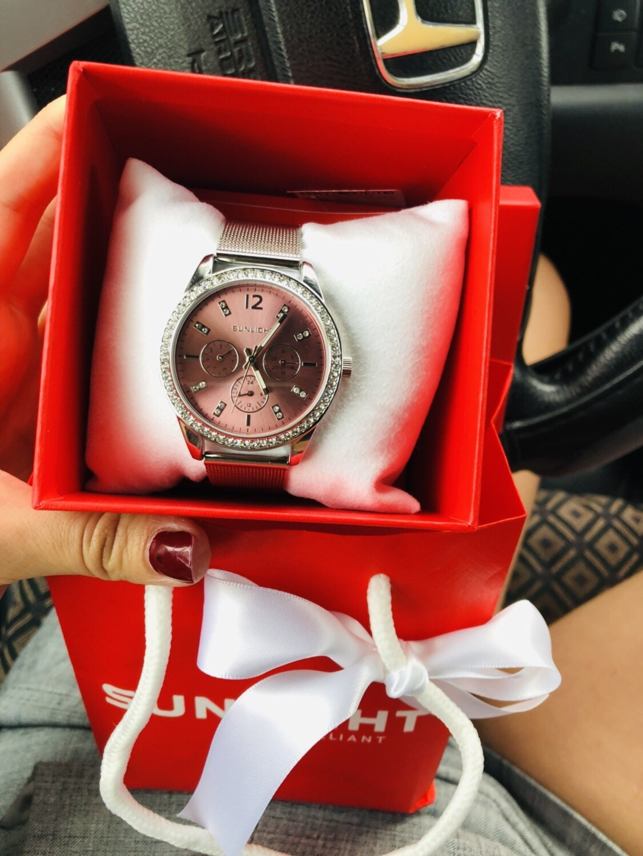 Часы женские розовые