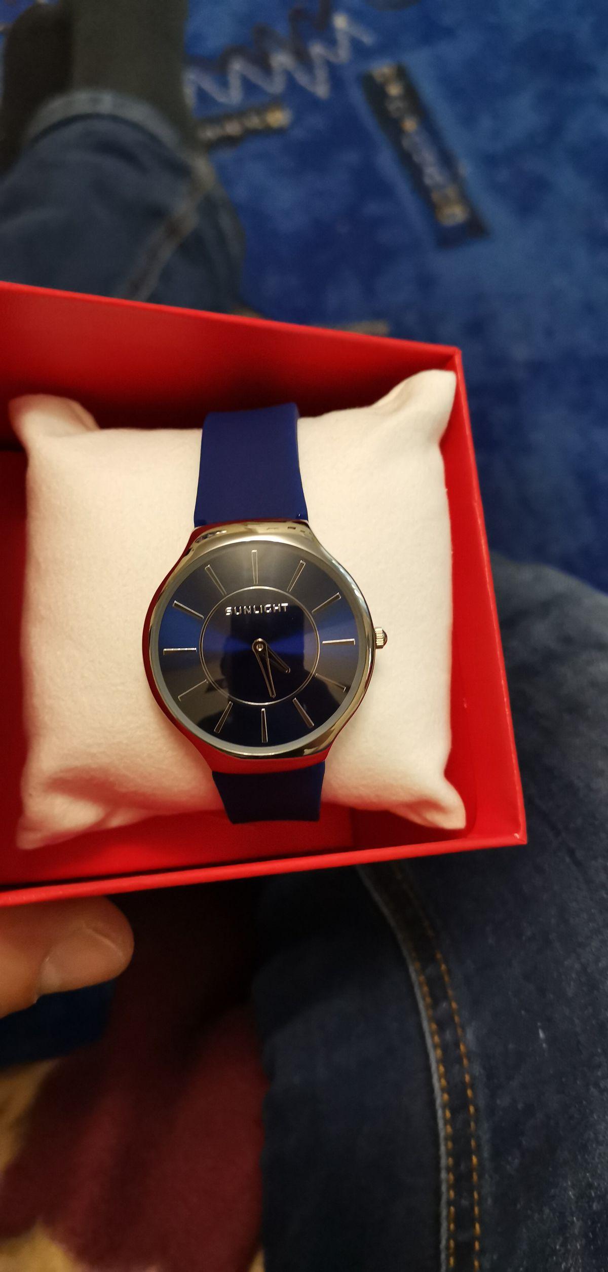 Отличные часы, недорого