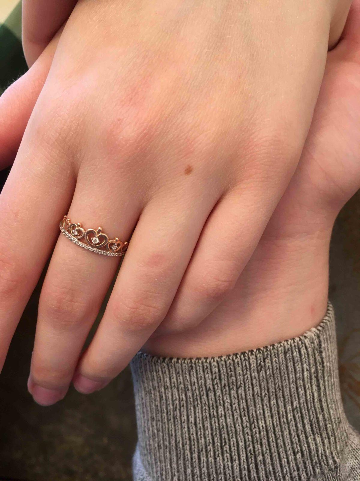 Милое, аккуратное кольцо