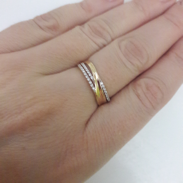 Кольцо невероятное, красивое!