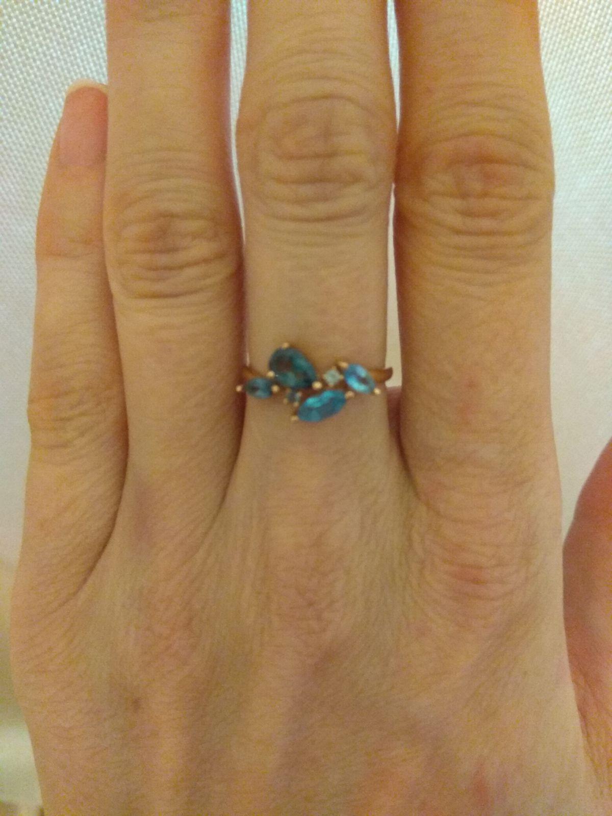 Кольцо с топазами, обожаю его!
