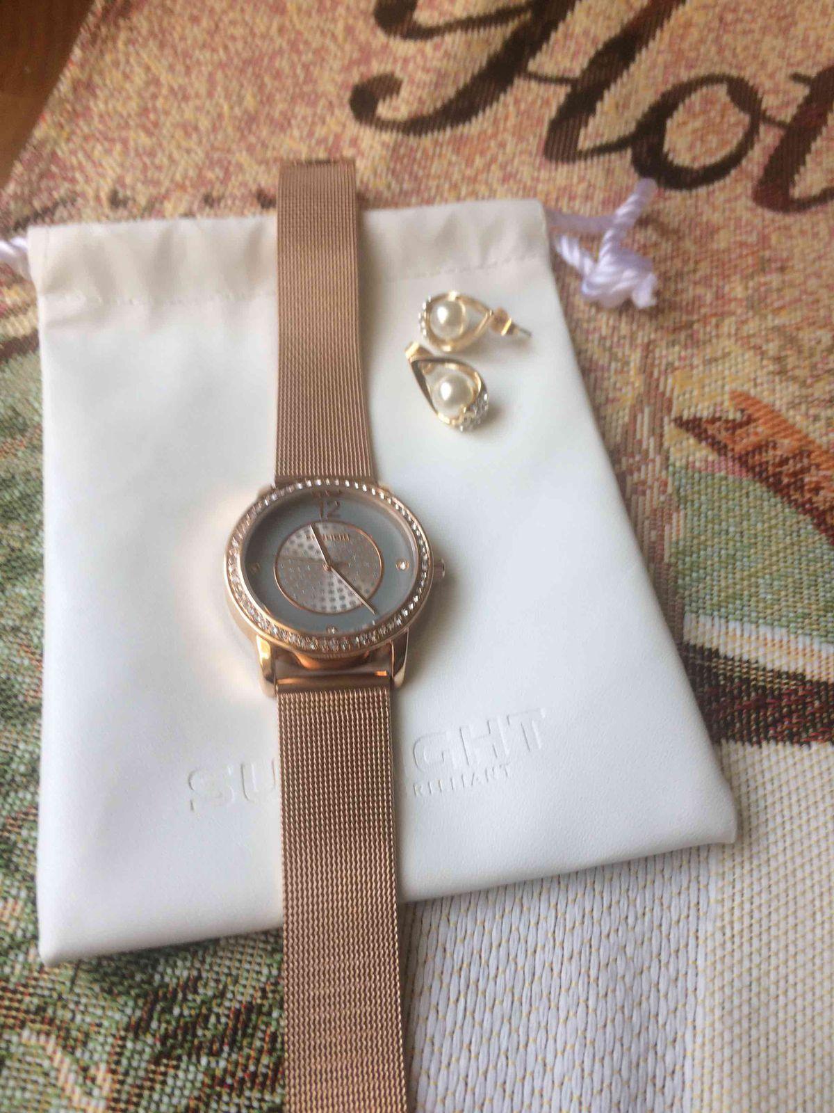 Часы для базового гардероба