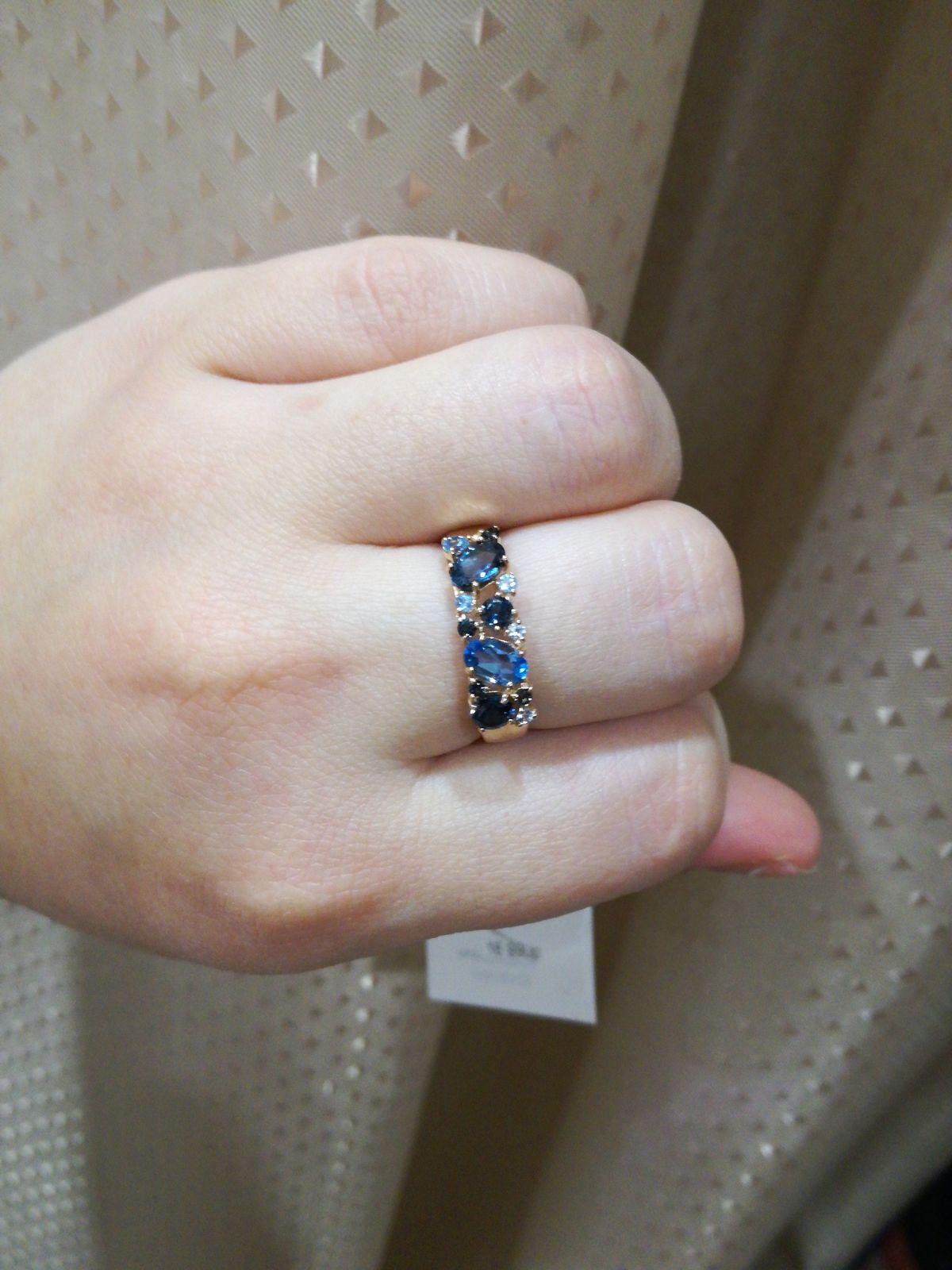 Красивое кольцо, любовь с первого взгляда!!!