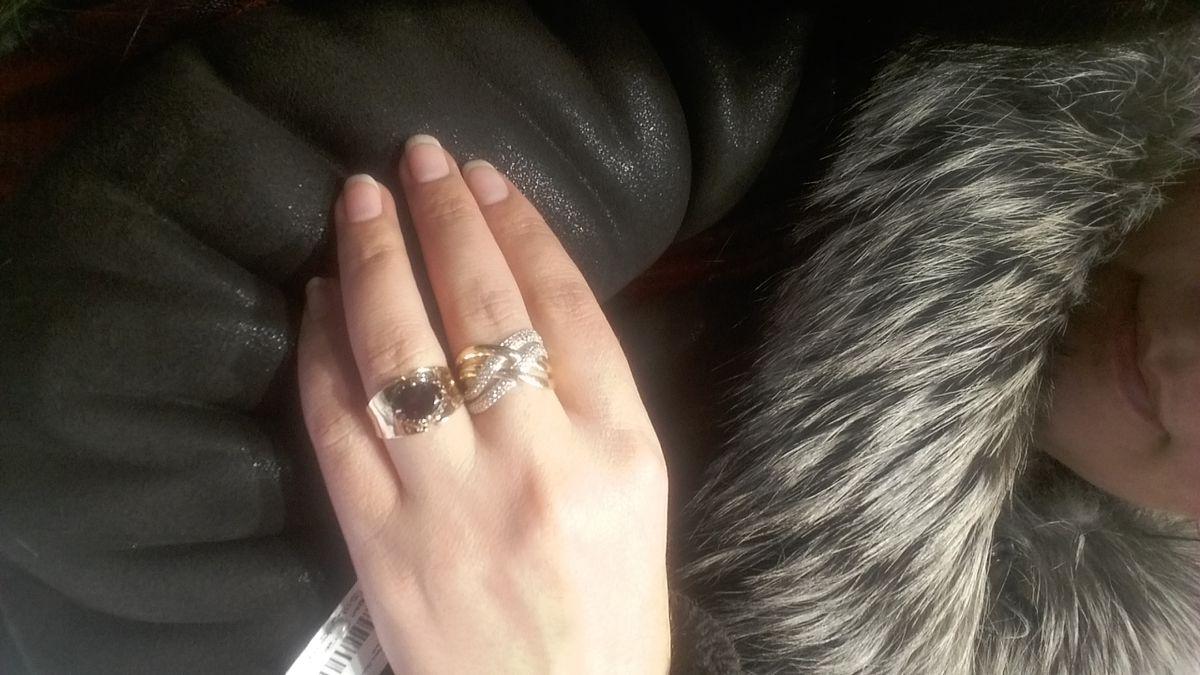 Кольцо на 8 Марта падарок от любимого мужа