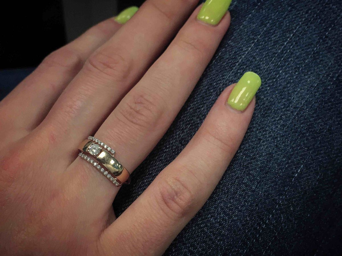 Маленькое милое кольцо
