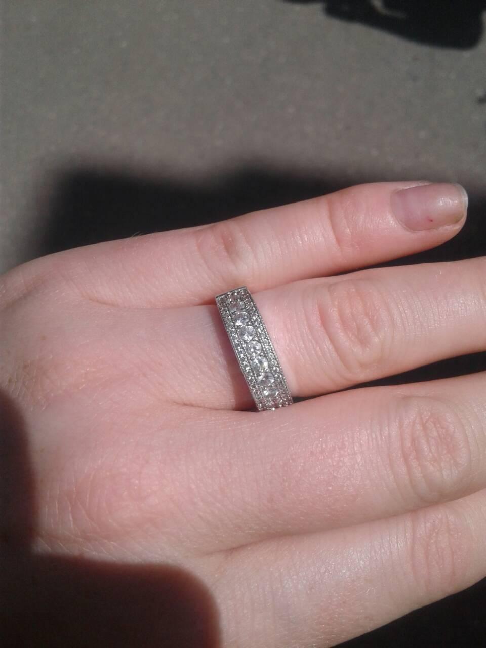 Шикарное серебряное кольцо