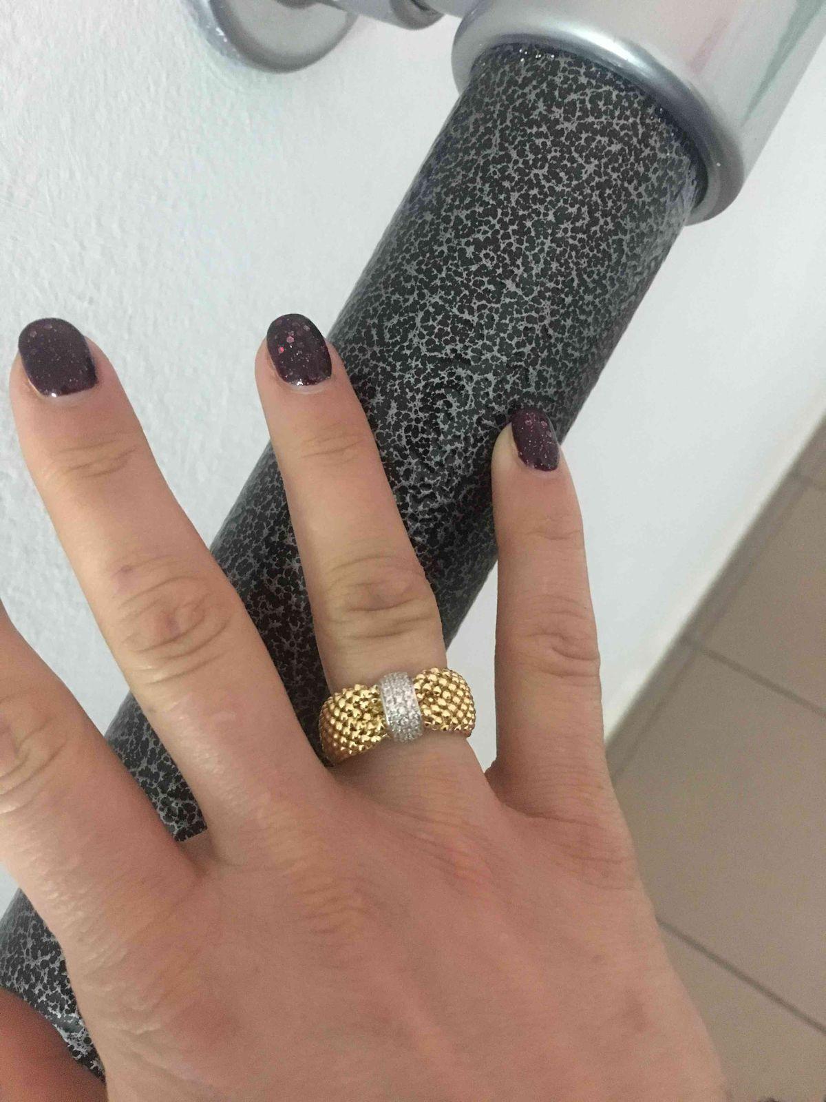 Кольцо очень красивое, стильное