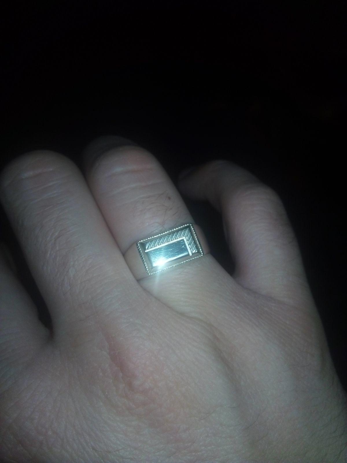 Кольцо из серебра )