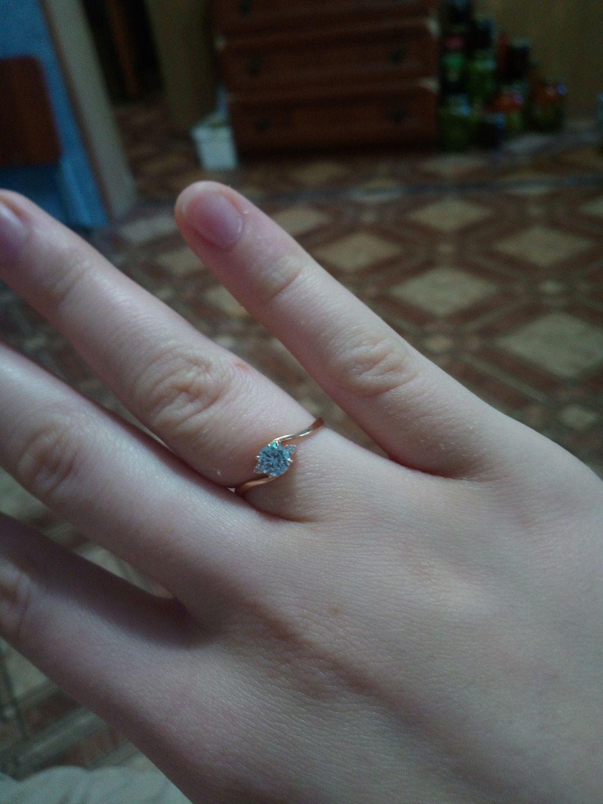 Кольцо,18 размер