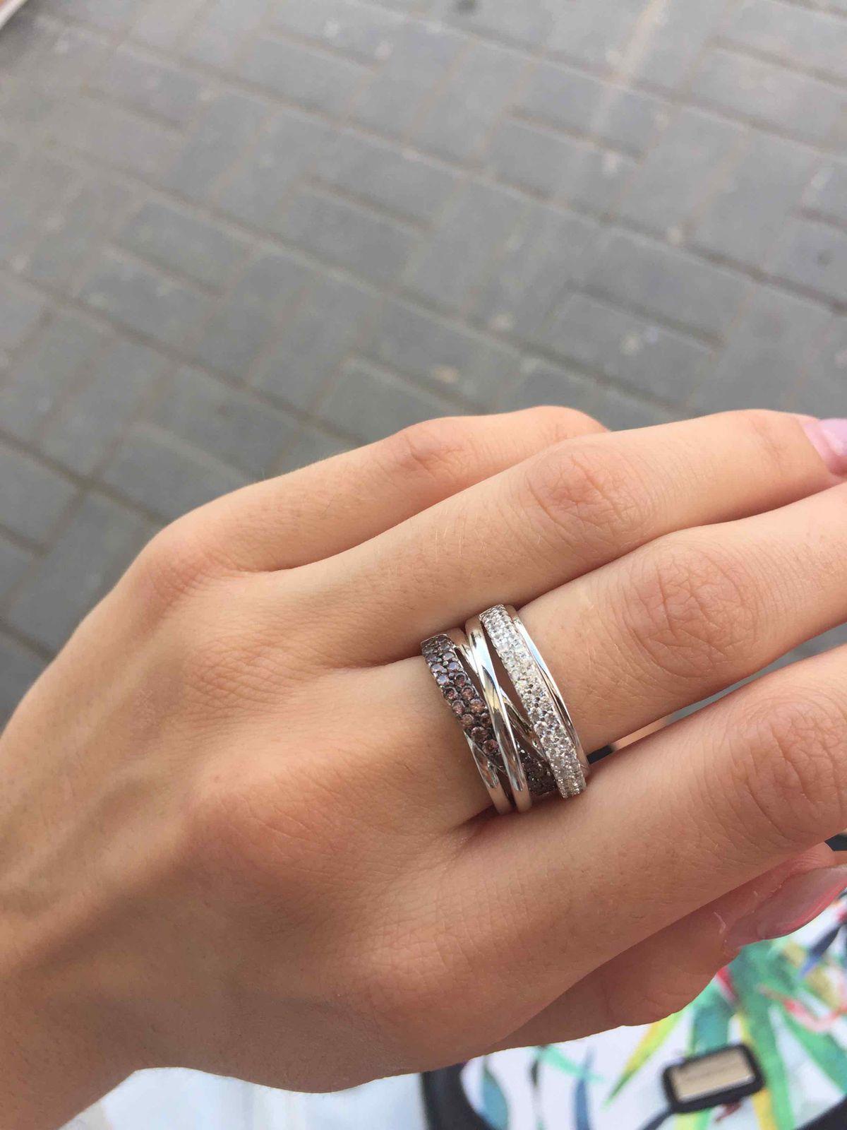 Невероятной красоты кольцо !