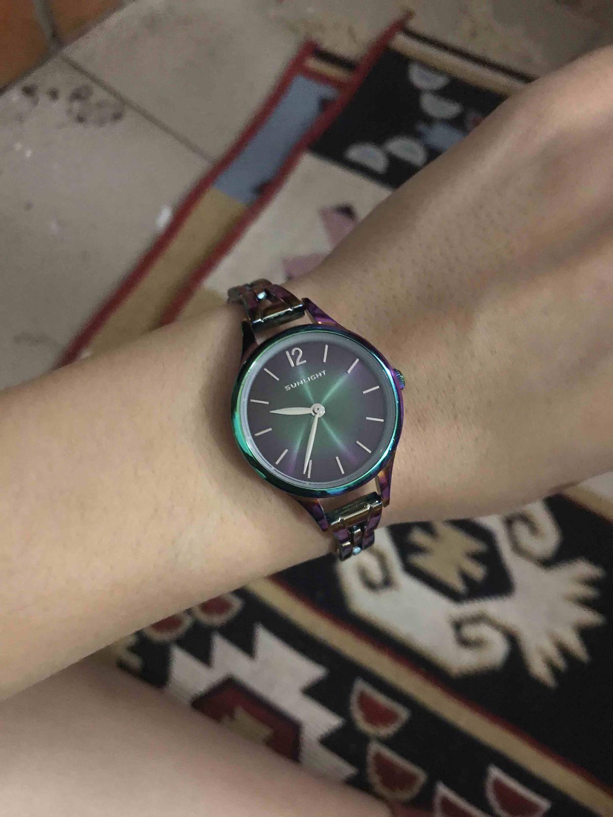 Очень необычне часы!!!!