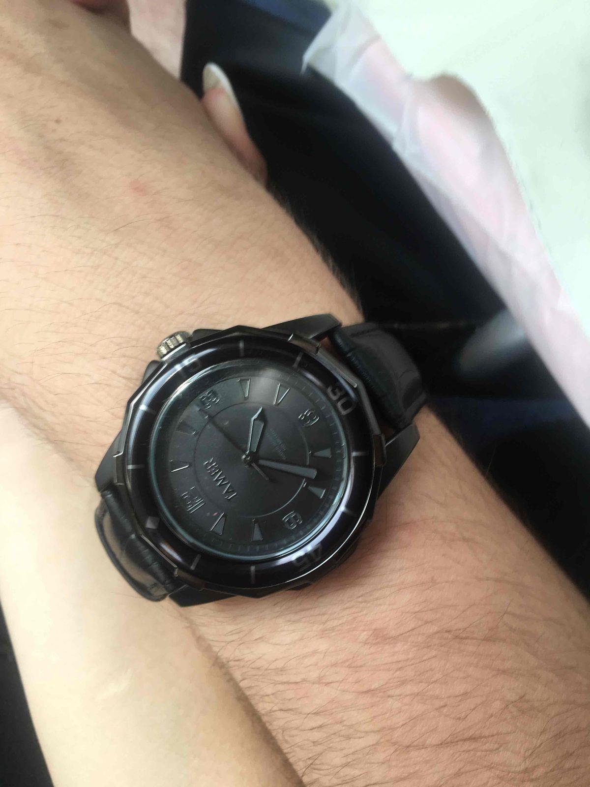 Часы в подарок молодому человеку