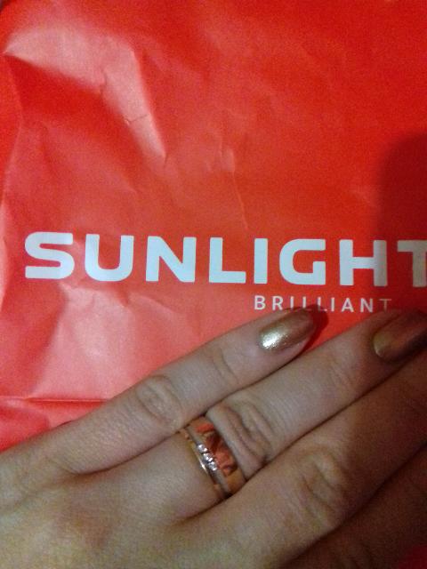 Купила кольцо вместо обручального.