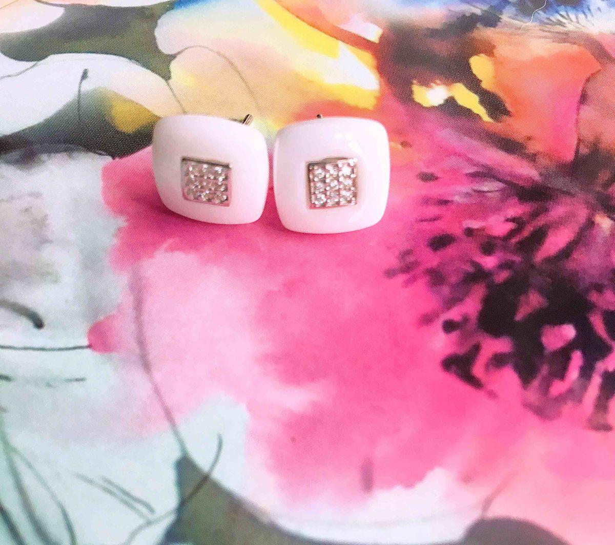 Стильные серьги из керамики