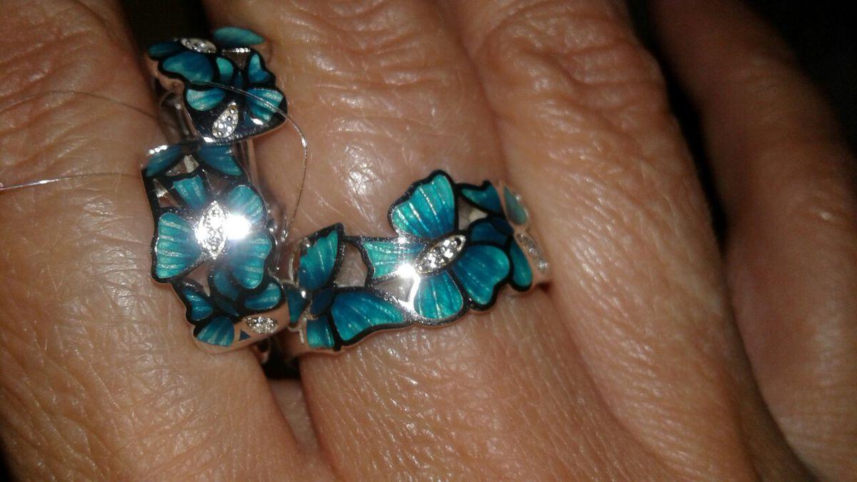 Красивое кольцо с эмалью