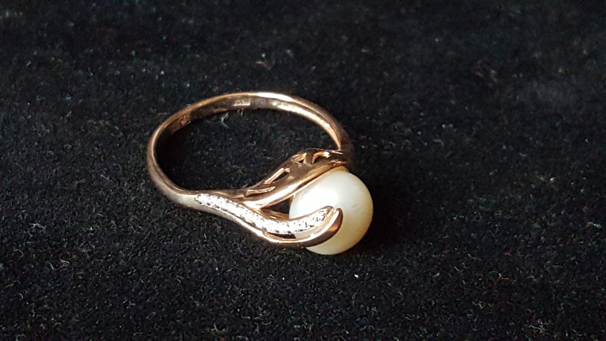 Кольцо восхитительное.