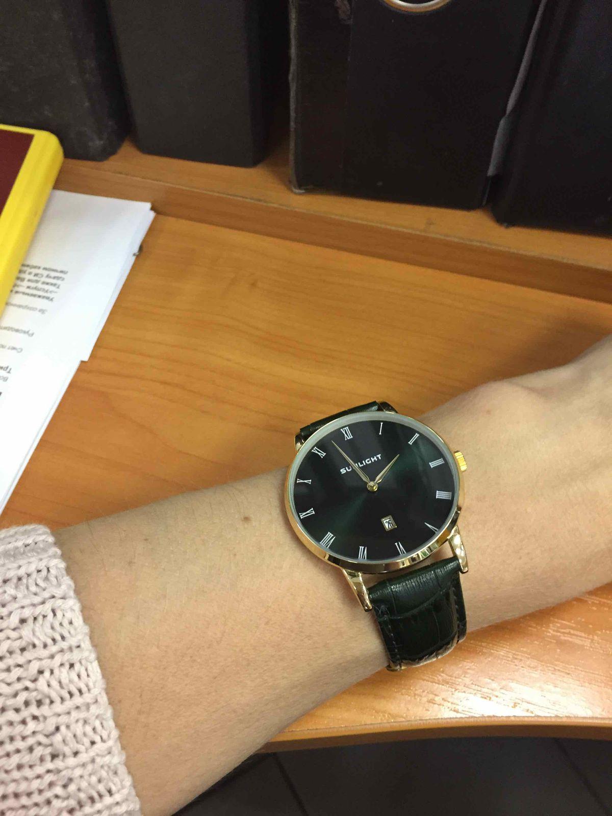 Часы универсальные с датой