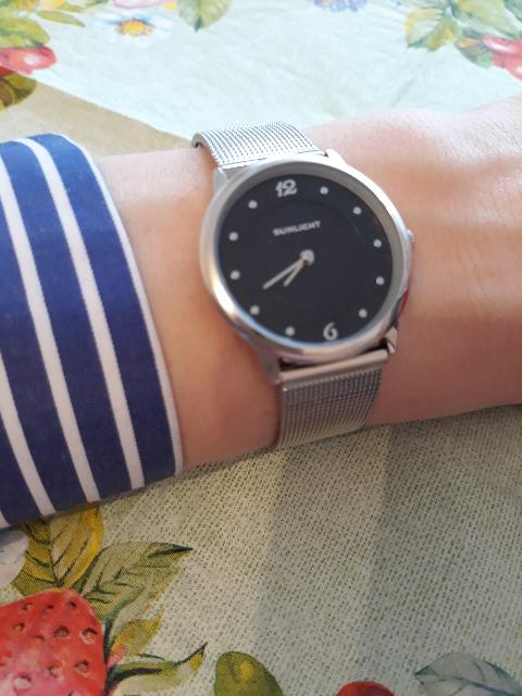 Давно искала часы такого плана, на каждый день.ношу с огромным удовольствие